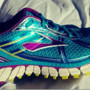 Brooks Andrenaline GTS 15 Running Shoe Walking Wom
